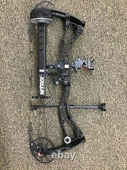2021 Bowtech Solution SS ready to hunt package RH 25.5-31 60-70# all black 2