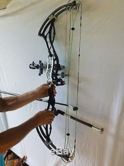 Bowtech Fanatic Target Bow With Binary Cams- Indoor/3d Target/hunting