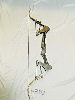 GREEN ARROW BLACK ONEIDA EAGLE HUNT FISHING BOW RIGHT 30-45 LBS 28 31Draw